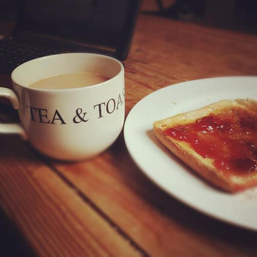 Tea 'n' Toast